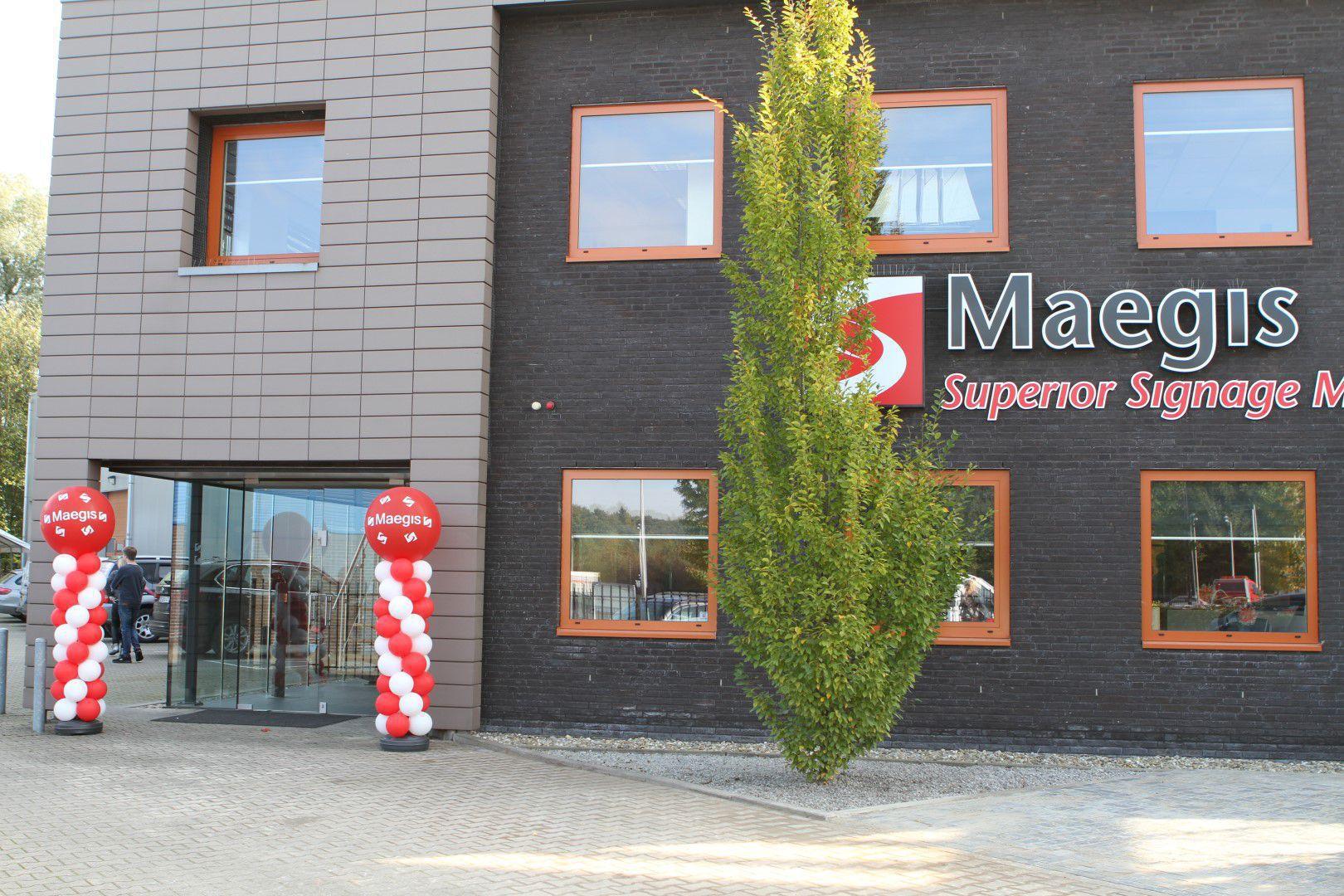 Persbericht: Maegis neemt Sign Top over